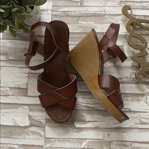 American Eagle Summer Wedge Sandals